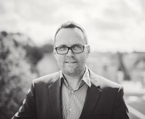 Mikko IlvesHallituksen puheenjohtajakonsulttipalvelu@digitase.fi
